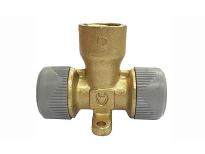 hardware-shelf-systems/water-fittings/wall-plate-tee-15x15x12